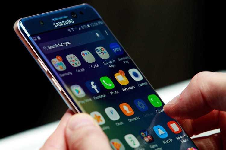 Почему в смартфонах по умолчанию так много бесполезных приложений