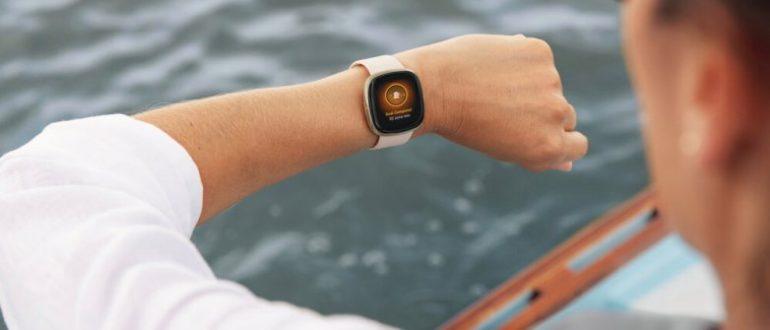 Facebook планирует выпустить собственные умные часы и пойти по стопам Apple