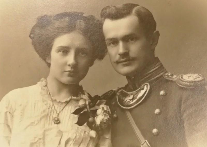 dlya-chego-nemeckie-soldaty-nosili-na-grudi-zagadochnye-plastiny-na-cepi
