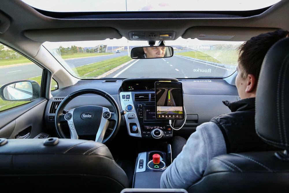 Такси и трамвай без водителя: Москва первой в Европе запустит беспилотный транспорт - mag.auto.ru
