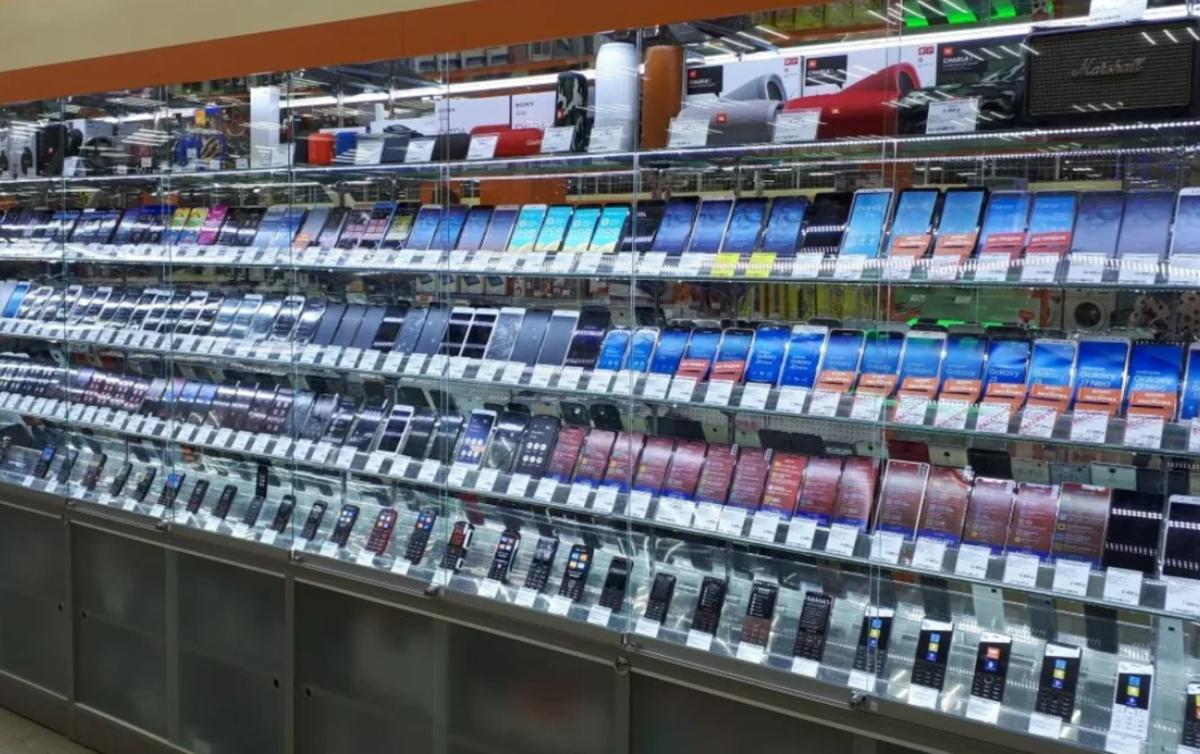 Названы лучшие смартфоны до 20000 рублей в России